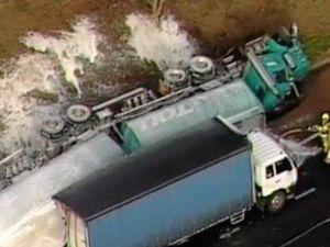 Petrol tanker rollover in horrific Calder Freeway crash