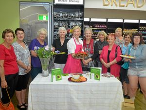 "Author and celebrity cook Kim McCosker showed off some of her ""prepared earlier"" recipes to fans."