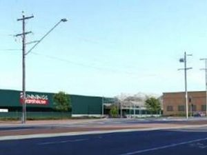 Mayor concerned about impact of second Bunnings store