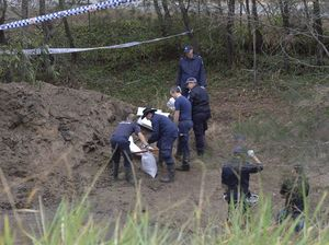 Police continue the search for the remains of Sharron Phillips at Carole Park this morning.
