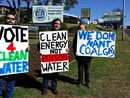 Water 4 Life protest group at the top of the Toowoomba Range.