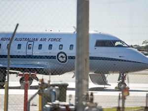 RAAF jet arrives in Gladstone for a quick overnight visit