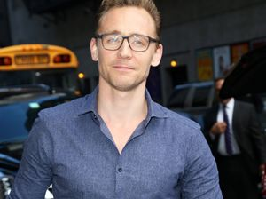 Tom Hiddleston proclaims love for Taylor Swift