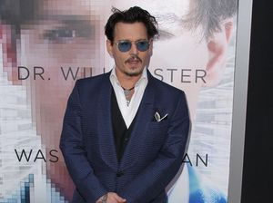 Amber Heard claims Johnny Depp is stalling divorce