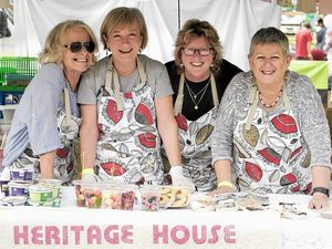 Stephanie, Mary, Wendy and Trisha from Heritage House with home-made cakes.