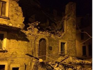 Italy earthquake: 'Half the city disappeared'