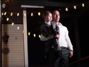 Man's elaborate, touching proposal brings thousands to tears