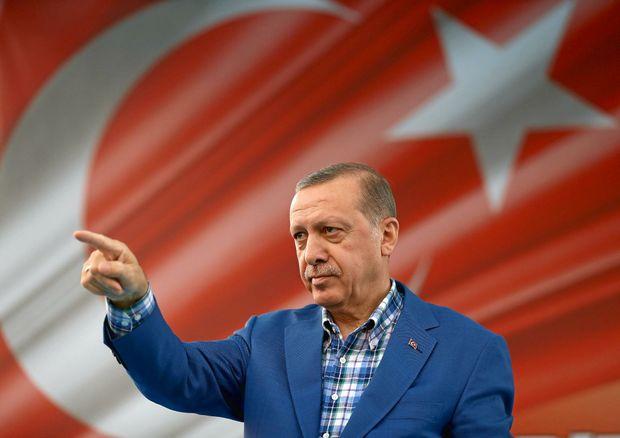 Turkish jets strike Kurdish rebel targets in northern Iraq