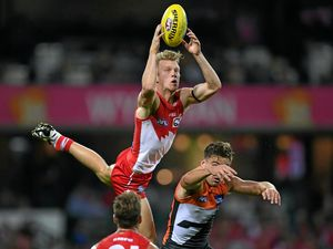 Mills red-hot favourite to claim Rising Star award