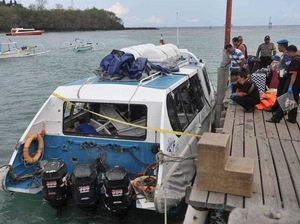 A tourist fast boat, Gili Cat 2, exploded after departing from Padang Bai port heading for the nearby holiday island of Gili Trawangan. According to authorities, one tourist was killed and at least 20 foreigners were injured in the incident.