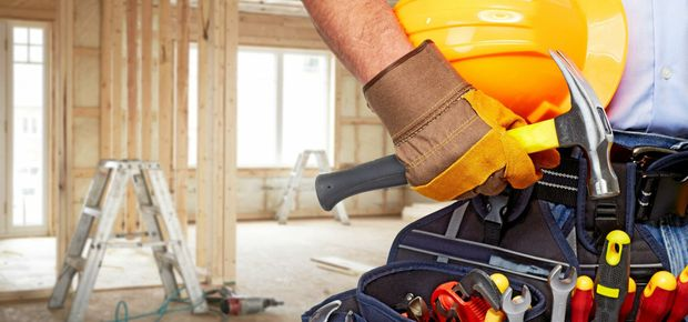 Landscaping (46%), demolition (43%) and interior design (77%) are also often tackled head on by plucky homeowners.