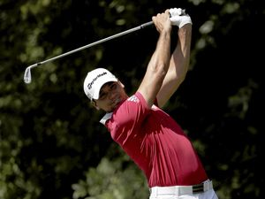Australia's world No.1 Jason Day has started well in the Tour Championship tournament at East Lake Golf Club in Atlanta.