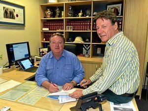 Noosa MP Glen Elmes and Mayor Tony Wellington.