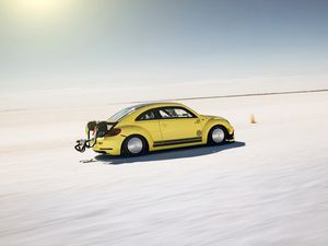 328kmh! The world's fastest VW Beetle