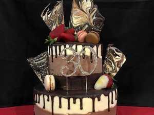 SCN270916 cakes