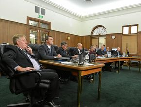 After Fredman, councillors fight to regain debating rights