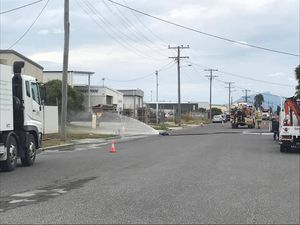 BREAKING: Emergency services at gas leak in Gladstone