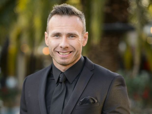 Tommy goes home in emotional Bachelorette episode ...