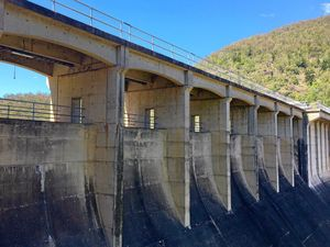The gaps along the Breezeway of Somerset Dam will be filled as part of an upgrade.