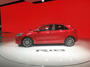 2017 Kia Rio specifications and features