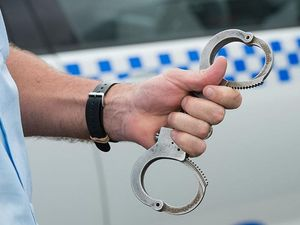 Police make outlaw motorcycle gang arrests on Coffs Coast