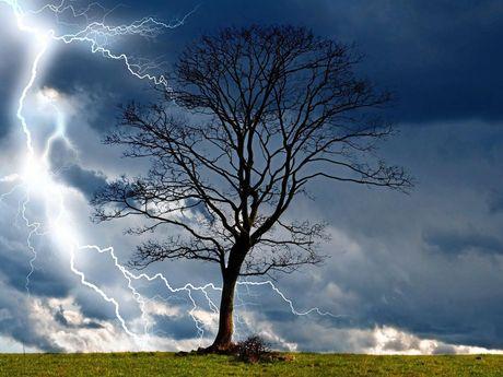Generic storm photo.