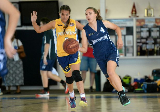 TOP FORM: Rockhampton player Jessica Lorraway makes her way down the court in the girls U18 basketball game between Rockhampton and Gladstone at Hegvold Stadium.
