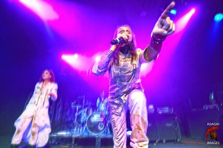 Lacuna Coil, Orpheus Omega, and Flynn Effect hit the stage at Max Watts in Brisbane under Destroy All LInes touring.