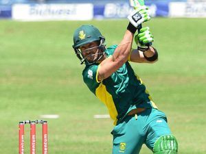 Proteas on Starc watch