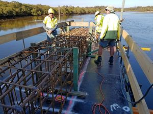 Construction continues on the Kingscliff Bridge