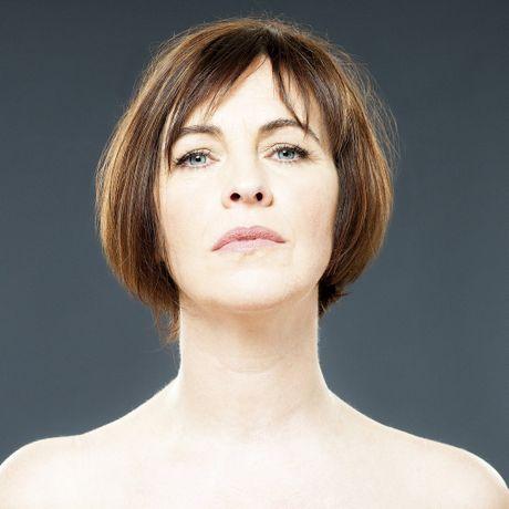 Eleanor McEvoy will play at the Irish Club.