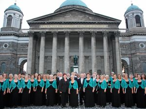 Oriana Choir dazzles audiences throughout Europe