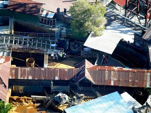 Four adults killed in Dreamworld ride disaster