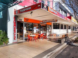 Phat Burgers building goes on market in CBD