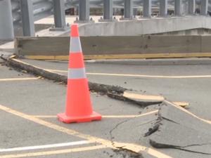 Wellington cut off after quake