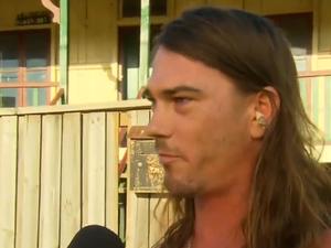 Aussie legend helps police in his jocks