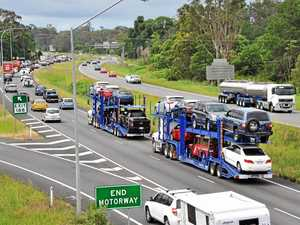 How the Bruce Hwy is handling holiday traffic