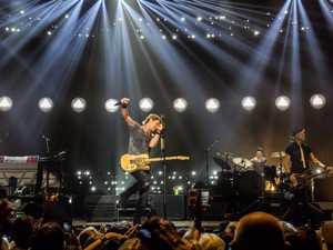 Keith Urban shows Brisbane fans that 'infinite energy'