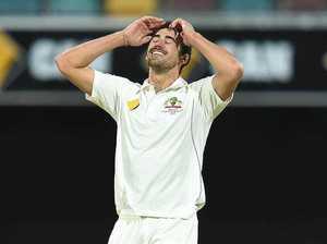 "Australia could suffer ""world record loss"" to Pakistan"