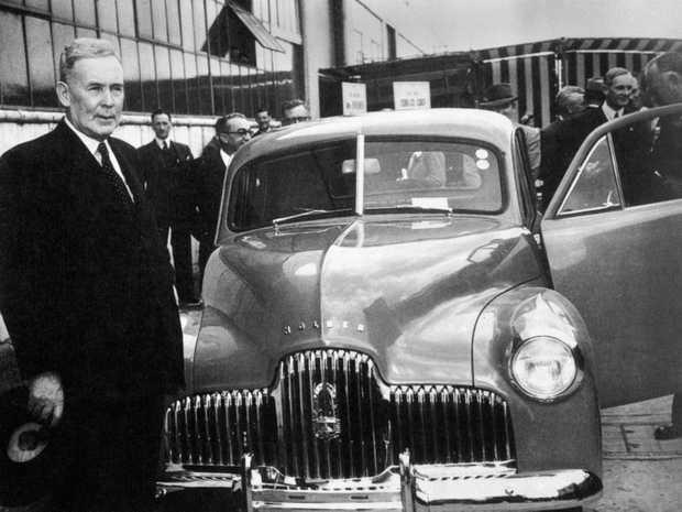 1948 Holden 48-215 and former Australian Prime Minister, Ben Chifley.