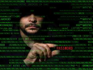 """Telstra, Optus customers at risk, says """"ethical hacker"""""""