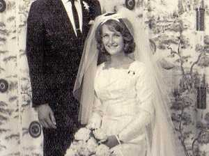 Yellow, white roses for bride 50 years ago