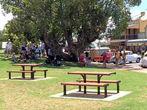 Leigh Barrington posted this picture on Facebook of people trying to escape the heat McLachlan Park on a hot day.