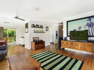 STUNNING HOME, LARGE BLOCK, BUSHLAND BACKDROP