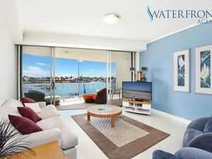 GREAT PERMANENT WATERFRONT APARTMENT OR FANTASTIC RETURNS