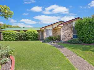 Time To Turn That Dream Into A Reality 1,533m2 Block + Sheds + Pool!!