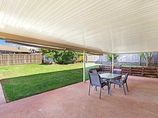 Tucked away in a quiet little pocket of Wilsonton, you will find 16 Muscat Court and once you have,...