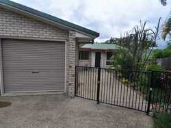 This lovely large duplex is situated at the end of a very small court in Tin Can Bay. You have a sin...