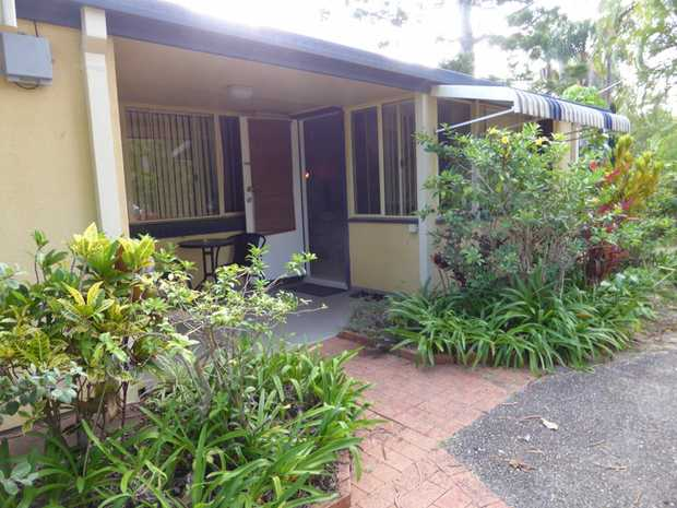 Exclusive to NSW Real Estate this modern unit is approximately 500m to Hills Beach and 300m to Koror...