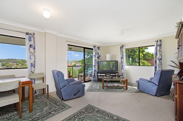 This solid three bedroom unfurnished unit features loads of natural light, neutral tones, open plan...